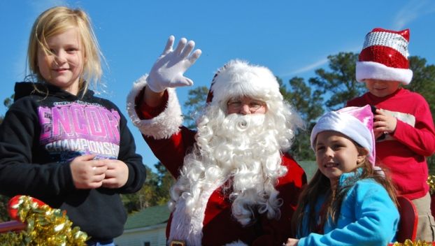 Beaufort County Christmas Parade 2020 November events to benefit Chocowinity Fire Department